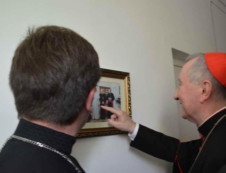 """Як відбувається історичний візит """"прем'єр-міністра"""" Ватикану до Запоріжжя - фото 8"""