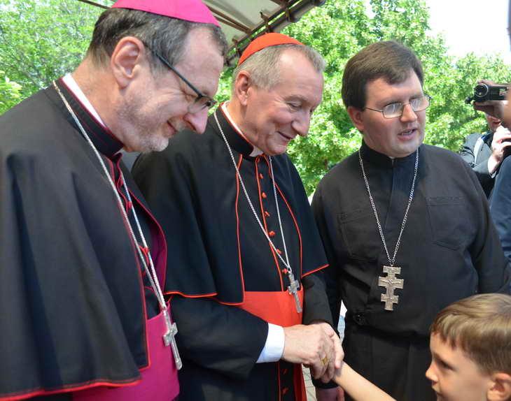 """Як відбувається історичний візит """"прем'єр-міністра"""" Ватикану до Запоріжжя - фото 17"""