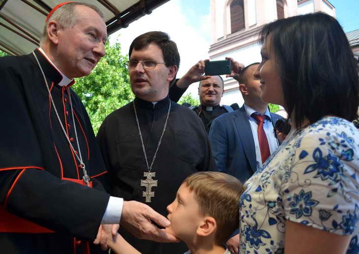"""Як відбувається історичний візит """"прем'єр-міністра"""" Ватикану до Запоріжжя - фото 16"""