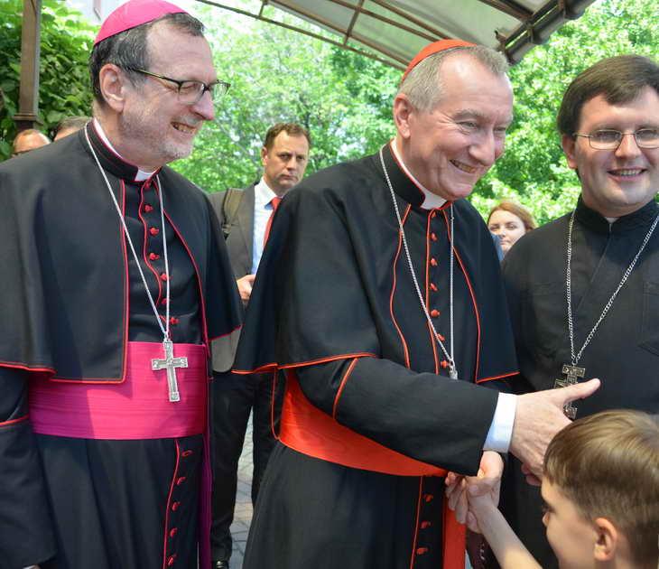 """Як відбувається історичний візит """"прем'єр-міністра"""" Ватикану до Запоріжжя - фото 18"""