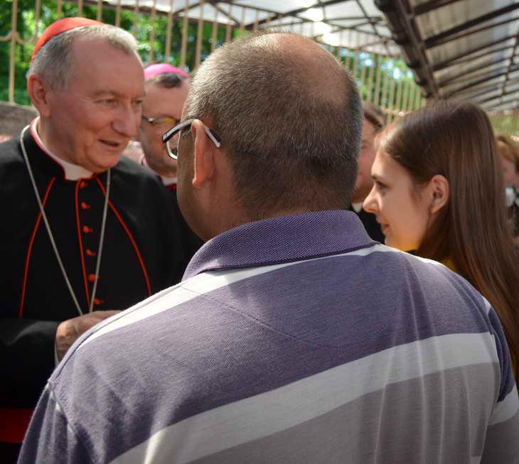 """Як відбувається історичний візит """"прем'єр-міністра"""" Ватикану до Запоріжжя - фото 10"""
