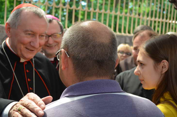 """Як відбувається історичний візит """"прем'єр-міністра"""" Ватикану до Запоріжжя - фото 12"""