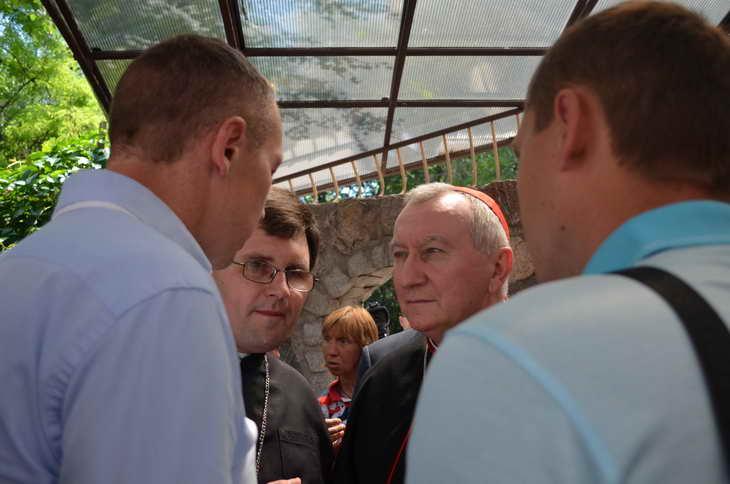 """Як відбувається історичний візит """"прем'єр-міністра"""" Ватикану до Запоріжжя - фото 15"""