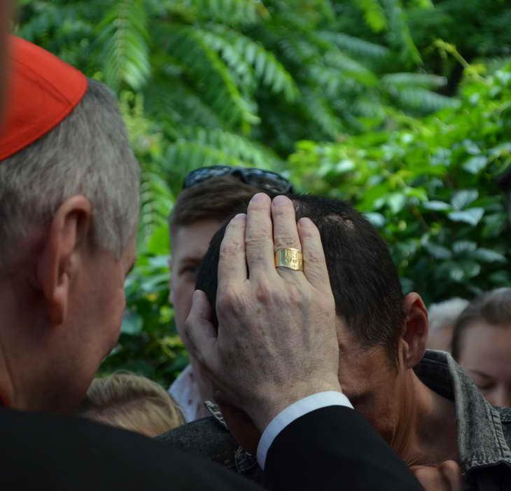 """Як відбувається історичний візит """"прем'єр-міністра"""" Ватикану до Запоріжжя - фото 13"""