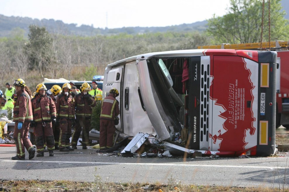 Risultati immagini per incidente pullman firenze