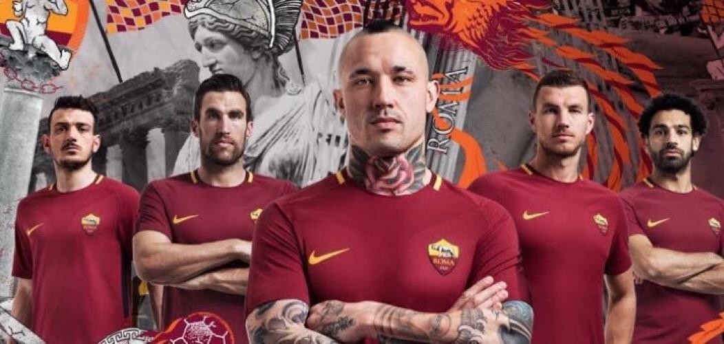 Risultati immagini per as roma squadra 2018