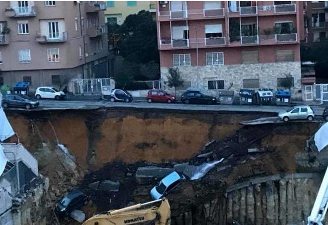 Risultati immagini per roma strada crollata