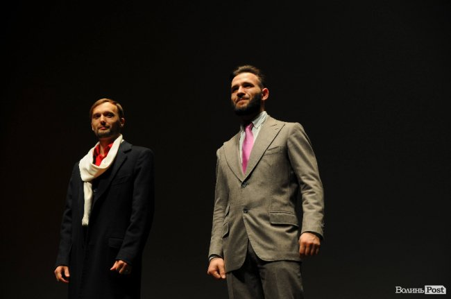 Моделі у костюмах від Руслана Лазарева на «Lutsk Fashіon Weekend»